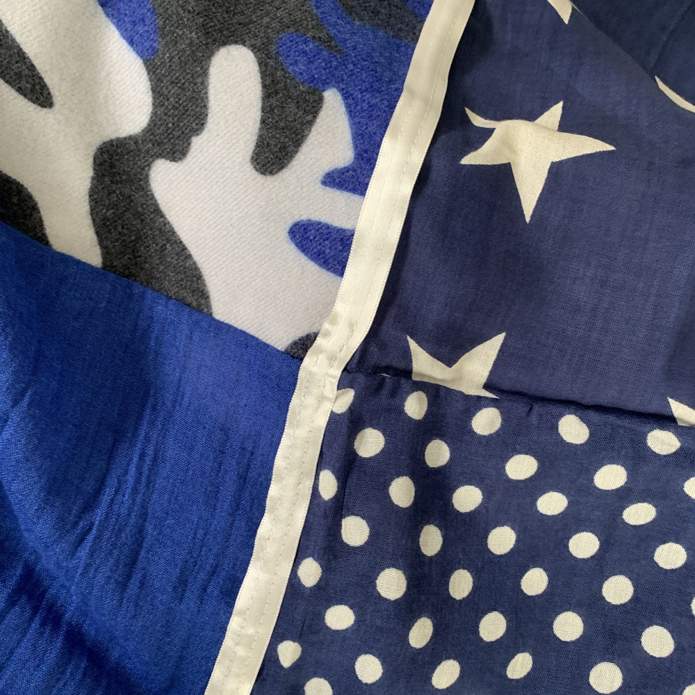 Bleu Roi / Ecru / Marine - 17% polyestere / 83% viscose