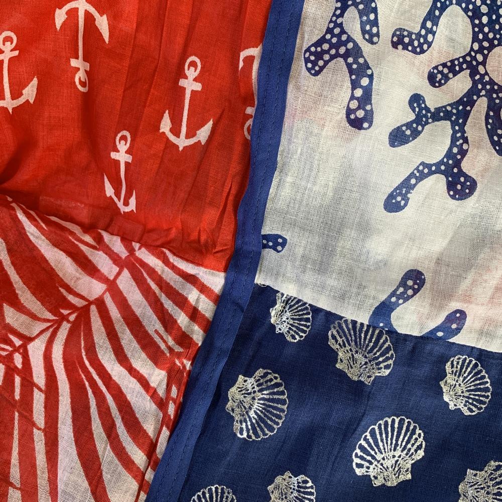 Rouge / Blanc / Bleu roi -